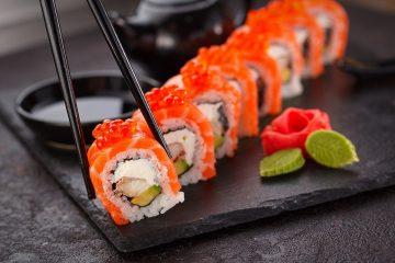 Domowe sushi. Jakie składniki powinniśmy mieć w swojej kuchni?