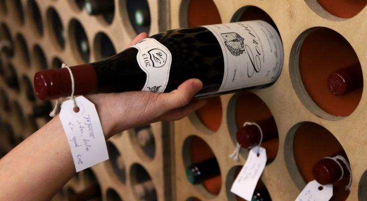 wino w piwniczce